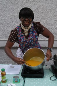 In 2015, Kitchen on Prescription offered taster sessions & activities to promote healthy food & integrative medicine.