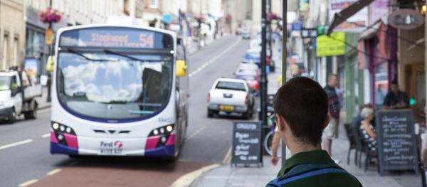 Bus_park_street
